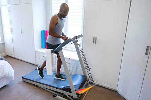 ورزش کردن,مردی در حال ورزش