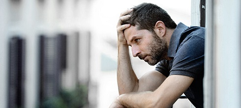 مرد ناراحت,مرد افسرده