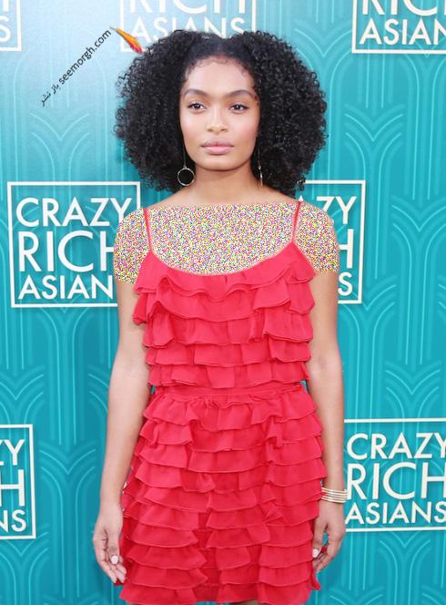 یارا شهیدی,عکس,فرش قرمز,سریال Crazy Rich Asians