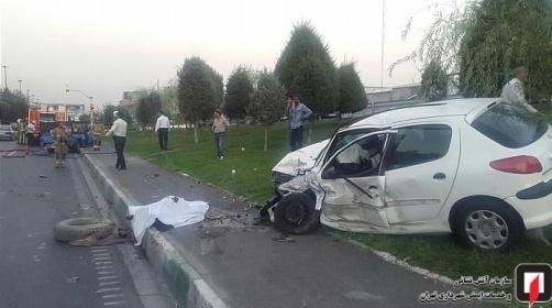 مرگ دلخراش راننده نیسان در حال تعویض لاستیک