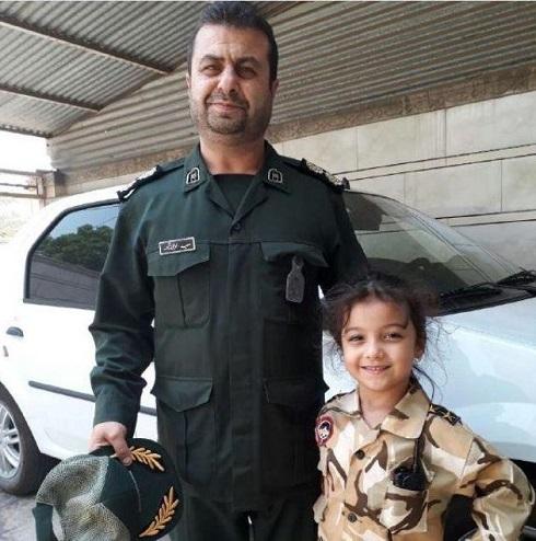 عکسی از شهید حادثه تروریستی اهواز در کنار دخترش قبل از شهادت