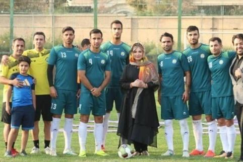 نیوشا ضیغمی در تمرین تیم اکسین البرز