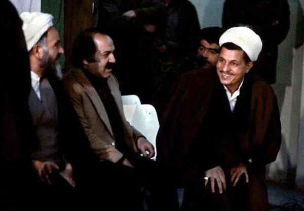 عکس کمتر دیده شده از هاشمی با دامادهای امام
