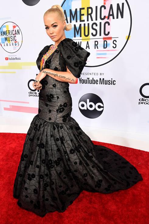 مدل لباس,بدترین مدل لباس,بدترین مدل لباس در جوایز موسیقی آمریکا,بدترین مدل لباس در American music awards 2018 - ریتا اورا Rita Ora