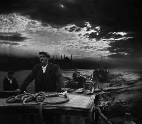 آرا گولر,چشم استانبول