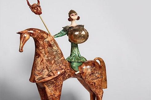نمایشگاه مجسمه,مجسمه سرامیکی,بهزاد اژدری,موضوع زن ایرانی در مجسمه,نمایشگاه «از...به»بهزاد اژدری