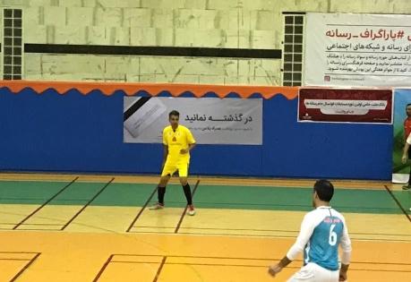 فوتبال بازي کردن فردوسي پور در جام رسانه ها براي شبکه 3