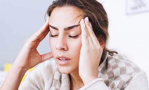 migreni-tetikleyen-besinler-neler-migren-nedir-migren-ataklari-nasil-gecer--1513238638.png