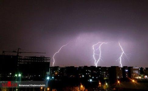 رعد و برق در آسمان تهران 1