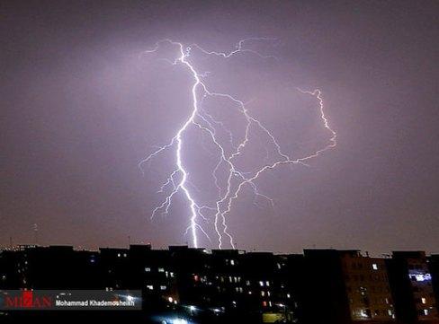 رعد و برق در آسمان تهران 3