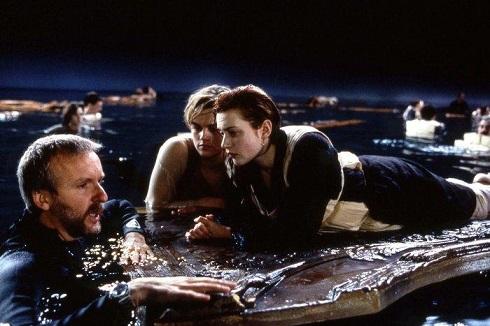 فیلم تایتانیک,فیلم سینمایی تایتانیک,فیلم عاشقانه تایتانیک,تایتانیک,غرق شدن کشتی تایتانیک