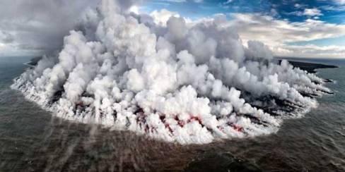 کوه آتشفشانی کیلاویا در اقیانوس آرام