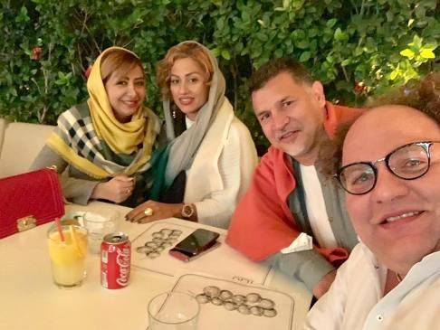 علی دایی و همسرش در  کنار مستر تیستر و همسرش