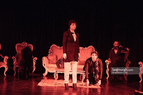 نمایش بولدوزر,شبنم قلی خانی,پویا امینی,ایمان اشراقی