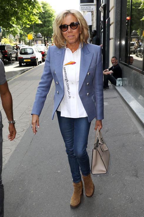 کت و شلوار,ست کردن کت و شلوار,کت و شلوار زنانه,ست کردن کت و شلوار برای پاییز,ست کردن کت آبی روشن با شلوار جین به سبک بریژیت مکرون Brigitte Macron