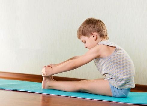 ورزش کودکان، کودک در حال ورزش