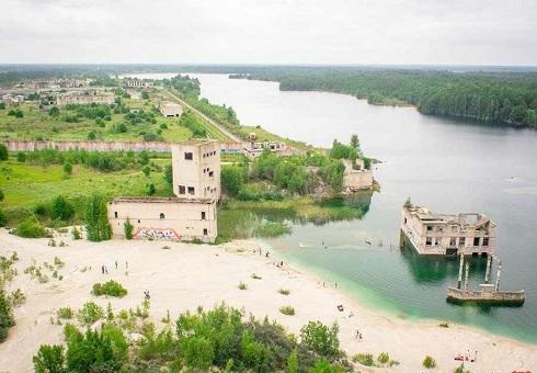 چشمانداز زیبای اطراف زندان زیر آبی استونی