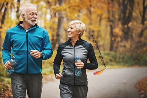 زن و مرد در حال ورزش کردن