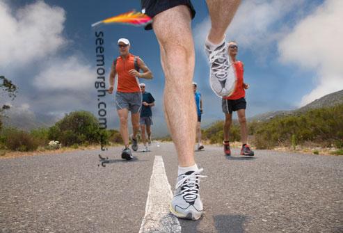 مردانی در حال دویدن