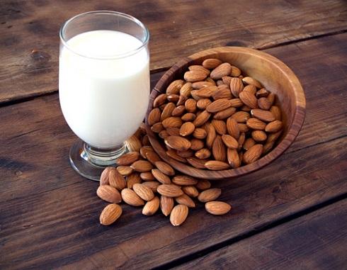 milk,شیر,بادام