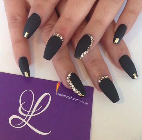 nail-designs-black-and-gold06.jpg