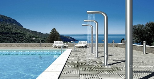shower-in-swimming-pool.jpg