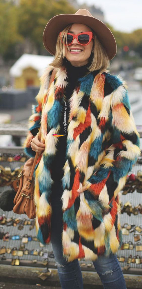 پالتو,پالتو زنانه,پالتو خزدار,پالتو خزدار زنانه,مدل پالتو زنانه,مدل پالتو خزدار زنانه,پالتو زنانه خزدار با ترکيب رنگي آبي، سفيد، مشکي و قرمز