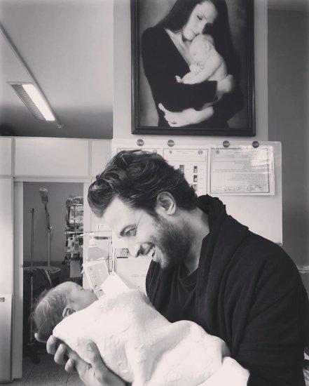 بنیامین بهادری و سومین فرزندش