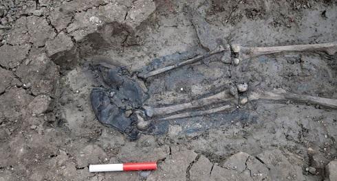 کشف چکمه های چرمی با قدمت 500 سال