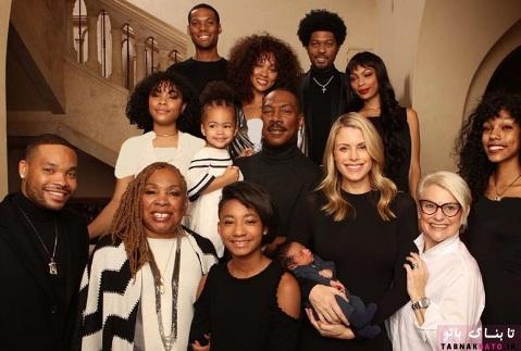 ادی مورفی در کنار همسر و فرزندانش