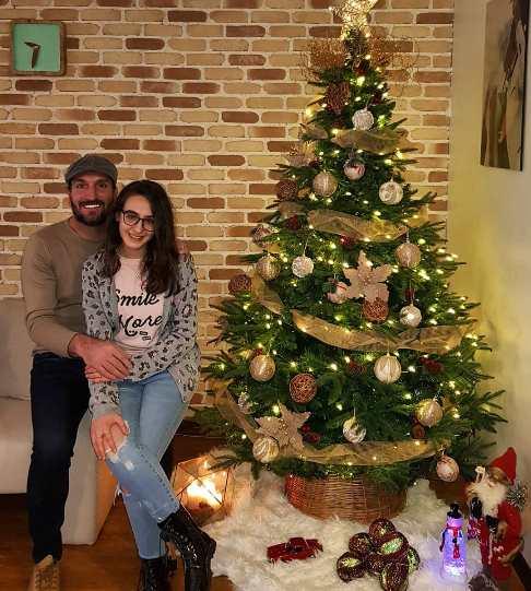 عکس ادموند بزیک و دخترش به مناسبت کریسمس