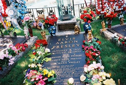 قبر الويس پريسلي