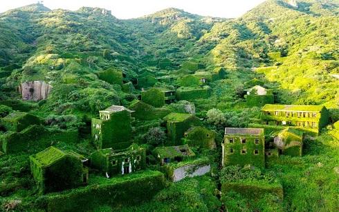 دهکده هوتوان؛ دهکده ای که توسط طبیعت بلعیده شده