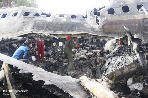 تصاویری از سقوط هواپیمای بوئینگ ۷۰۷