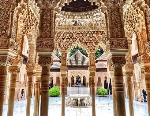 کاخ الحمرا گرانادا