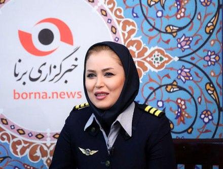 آناهیتا نیکوکار کمک خلبان جوان کشورمان