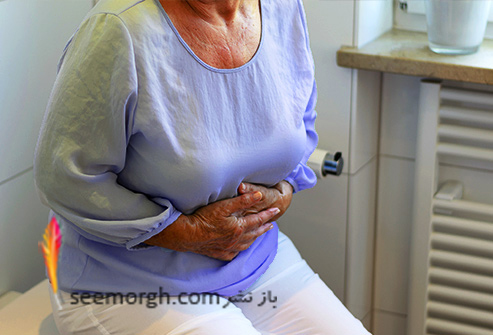 causes_of_bloating_senior_woman_having_stomach_pain.jpg