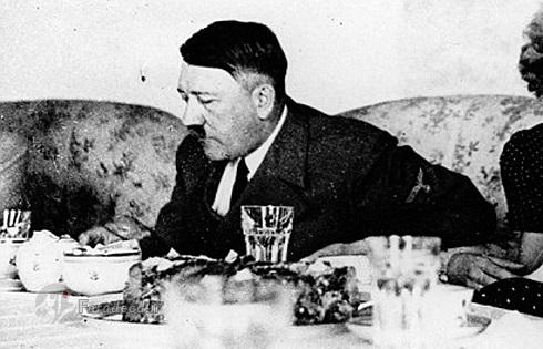 خانه های هیتلر,اقامتگاه هیتلر,معشوقه هیتلر,عشق هیتلر,مخفیگاه هیتلر