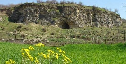 غار هوتو,غار تاریخی بهشهر,هوتو بهشهر,غار هوتو و کمربند,غار تاریخی