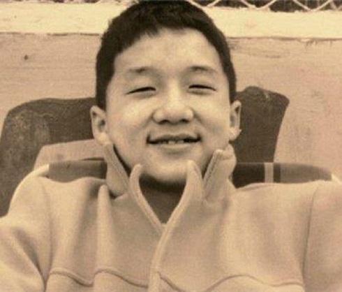 جکی چان,بیوگرافی جکی چان,زندگی جکی چان,کودکی جکی چان,عکسهای جکی چان