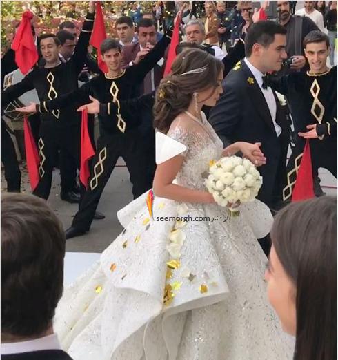 مراسم عروسی,گرانقیمت ترین مراسم عروسی روسیه,مراسم عروسی ثروتمندترین پسر روسیه,مراسم عروسی کارن کارپتیان Karen Karapetyan، پسر ثروتمندترین مرد روسیه - ورود عروس و داماد