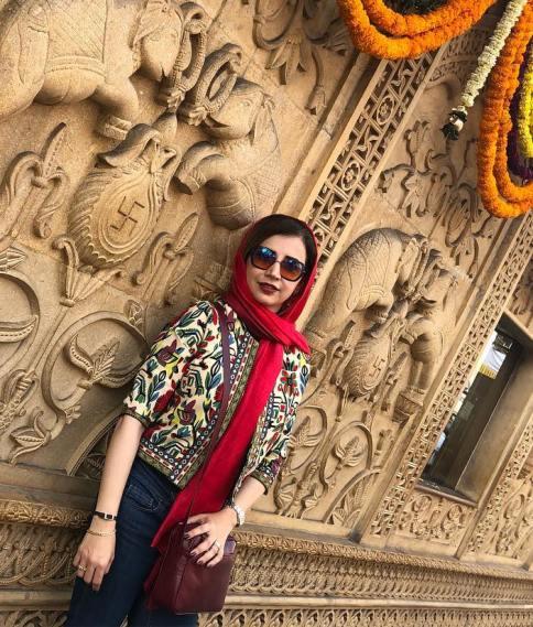 شبنم قلی خانی در سفر به هند