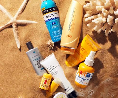 ضد آفتاب,کرم ضد آفتاب,ضد آفتاب رنگی,کرم ضد آفتاب رنگی,آیا کرم ضد آفتاب رنگی بهتر است یا ضد آفتاب بدون رنگ؟