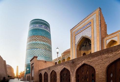 کاشی کاری,بناهای کاشی کاری,بناهای تاریخی,تزئینات معماری,شاهکارهای کاشی کاری
