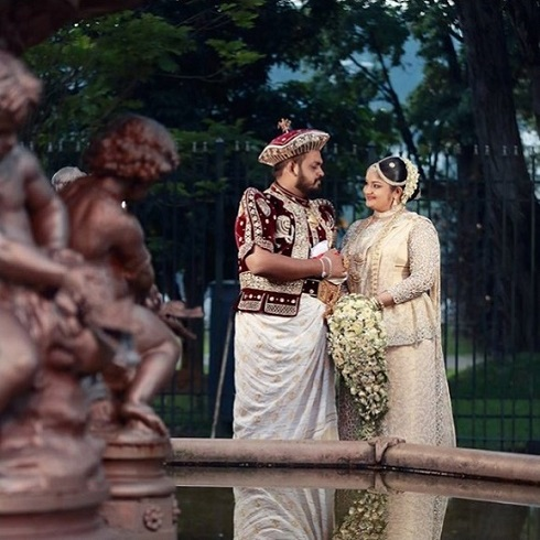 مدل لباس عروس,لباس عروس و داماد,لباس سنتی,لباس سنتی عروس داماد,عروس داماد در کشورهای مختلف