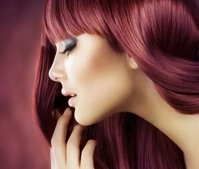 رنگ مو,رنگ مو شرابی,روشن کردن رنگ مو شرابی,مدت زمان لازم برای روشن کردن رنگ مو شرابی