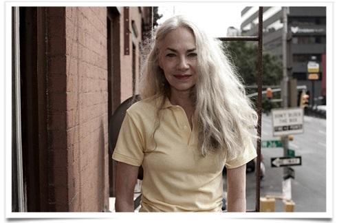 زن 60 ساله