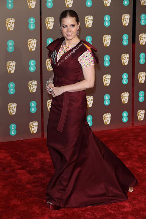 بفتا,بفتا 2019,مدل لباس,مدل لباس در بفتا 2019,مدل لباس امی آدامز Amy Adams در بفتا 2019 Bafta