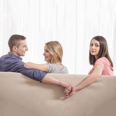 رابطه عاشقانه,رابطه عاشقانه با مرد متاهل,برقراری روابط عاشقانه با مردان متاهل