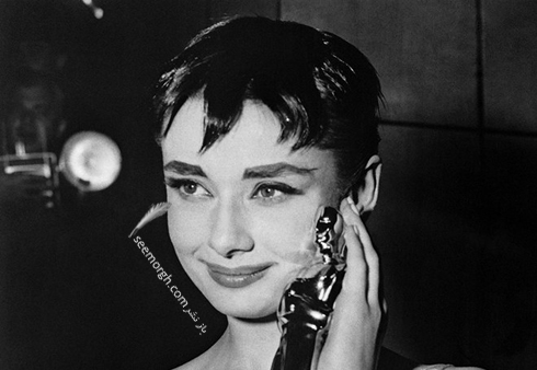 best-oscars-beauty-Audrey-Hepburn-1954.jpg